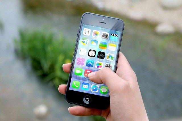 aplikace v mobilu